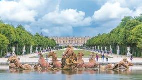 在凡尔赛宫公园timelapse的阿波罗喷泉,利-德-法兰西 股票视频