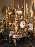 在凡尔赛宫的机械时钟 库存图片