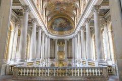 在凡尔赛,法国里面的著名皇家教堂 免版税图库摄影