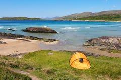 在凯利海岸圆环的帐篷  库存图片