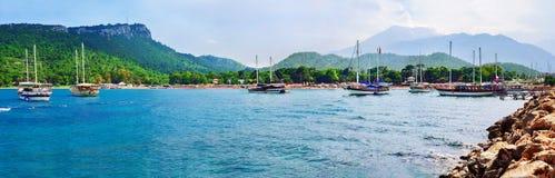 在凯梅尔,安塔利亚,土耳其的月光海滩 免版税库存照片