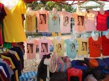 在出售的T恤杉 免版税库存照片