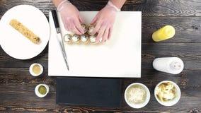 在切板的寿司卷 影视素材