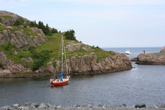 在划船海岸附近 免版税库存照片