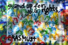 在列侬墙壁布拉格上的街道画 免版税库存图片
