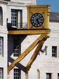 在利兹民事大厅的华丽金时钟 免版税图库摄影