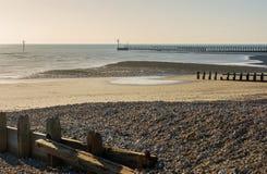在利特尔汉普顿,苏克塞斯,英国的海滩 免版税库存照片
