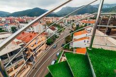 在别墅的一部螺旋形楼梯在黑山 图库摄影