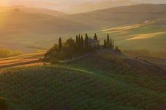 在别墅眺望楼的9月黎明 早晨托斯卡纳,意大利 库存图片