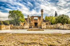 在别墅艾德里安娜(Hadrian的别墅), Tivoli,意大利的废墟 库存照片
