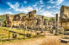 在别墅艾德里安娜(Hadrian的别墅), Tivoli,意大利的废墟 免版税库存图片