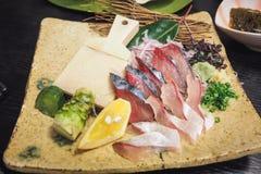 在别府镇的新鲜的生鱼片saba 库存照片