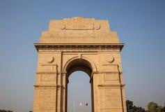 在前面的印度门 免版税库存照片