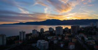 在力耶卡,克罗地亚的日落 库存照片
