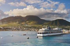 在加勒比岛圣基茨希尔的口岸 免版税库存图片