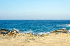 在加勒比海的自然桥梁海滩在阿鲁巴 库存图片