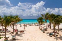 在加勒比海的Playacar海滩在墨西哥 库存图片