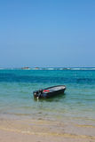 在加勒比海滩的小船 Tayrona国家公园 哥伦比亚 库存图片