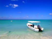 在加勒比的小船 免版税库存照片