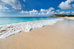在加勒比的田园诗海滩 免版税库存照片