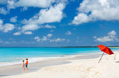 在加勒比的田园诗海滩 免版税图库摄影