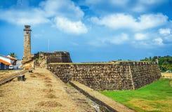 在加勒荷兰堡垒第17 Centurys的老尖沙咀钟楼破坏了是作为世界遗产名录站点被列出的联合国科教文组织的荷兰城堡 免版税图库摄影
