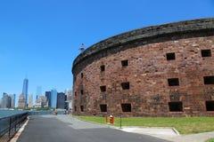 在加弗纳斯岛的历史城堡威廉斯在纽约港口 免版税库存图片