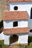 在加强里面,撒克逊人,中世纪教会在村庄Viscri,特兰西瓦尼亚 免版税库存图片