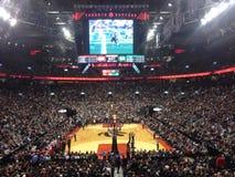 在加拿大丰业银行竞技场的多伦多猛龙队 免版税图库摄影