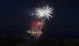 在加拿大日庆祝的烟花 免版税库存照片
