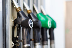 在加油站的燃料喷嘴 库存图片
