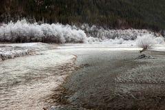 在加米施・帕藤吉兴,德国附近的冻结的自然 图库摄影