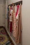 在勾子的几条老围裙 免版税图库摄影
