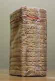 在包多士上添面包 免版税库存照片