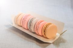 在包裹关闭的开胃蛋糕蛋白杏仁饼干 免版税库存图片