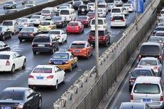 在北京第四条环行路,北京,中国的交通堵塞 免版税库存图片