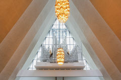 在北极大教堂里面的器官仪器 免版税库存图片