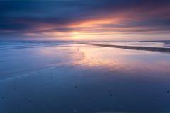 在北海海岸的日落 免版税图库摄影