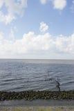 在北海的Afsluitdijk荷兰水坝 库存照片