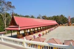 在北碧泰国的寺庙 免版税库存图片