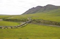 在北部倾斜的管道视图 免版税库存照片