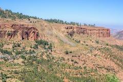 在北部埃赛俄比亚的山的路 免版税库存照片