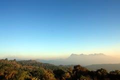 在北部泰国的山 免版税库存照片