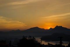 在北部老挝的日落 免版税库存照片