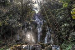 在匡Si瀑布的蓝色水池 图库摄影