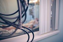 在医房被弄脏的背景影像的窗口 免版税库存图片