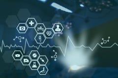 在医疗医学概念,与现代屏幕真正接口的象医疗网络连接的技术网络与导线mes 图库摄影
