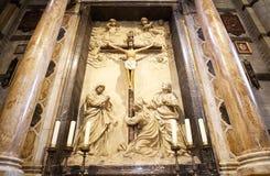 在十字架上钉死在锡耶纳大教堂里,锡耶纳,托斯卡纳,意大利 免版税库存照片