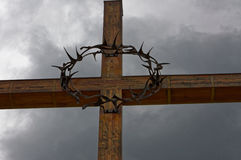 在十字架的铁圆环 免版税库存图片