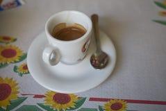 在午餐以后的浓咖啡咖啡 免版税库存照片